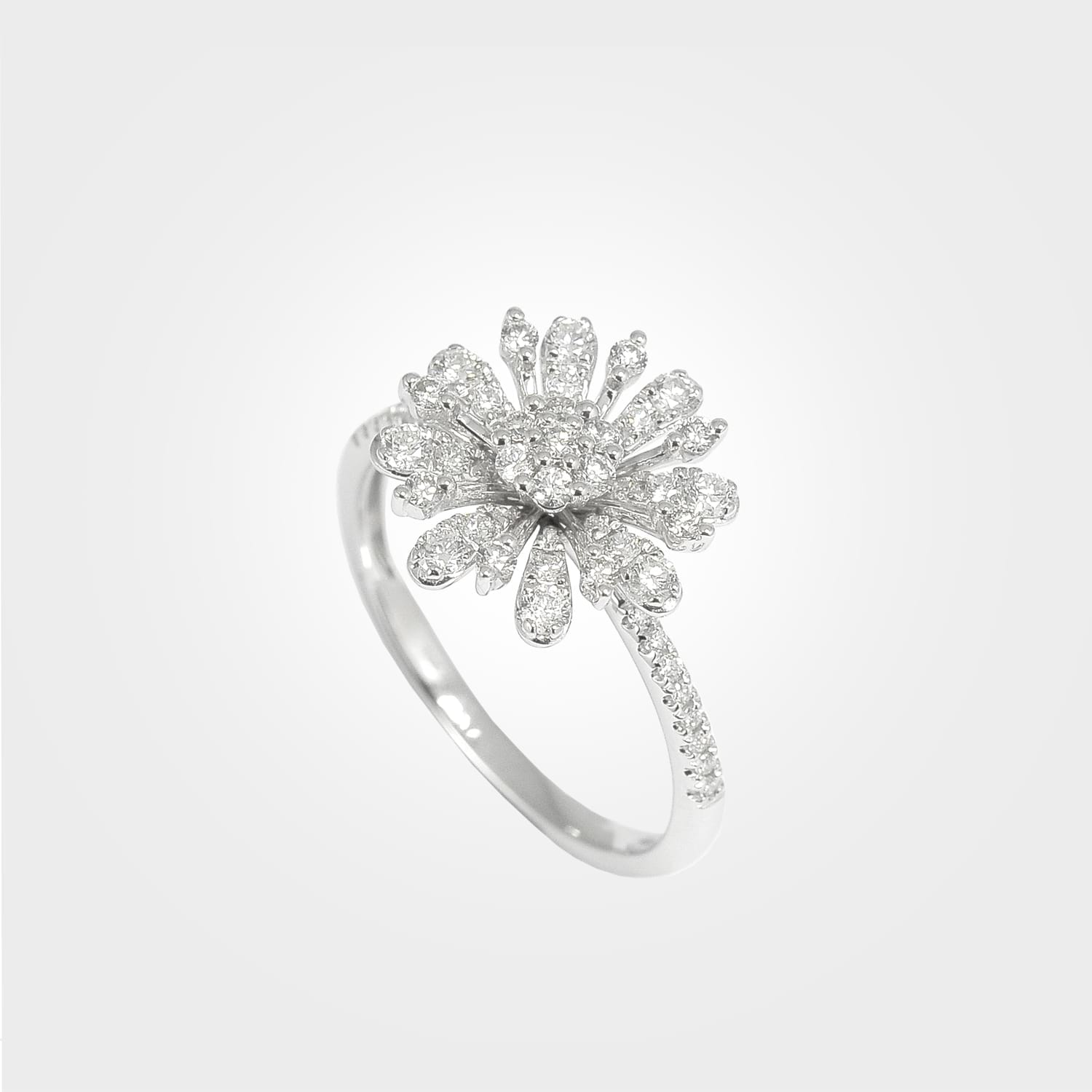 Dazzling Sunflower Diamond Ring